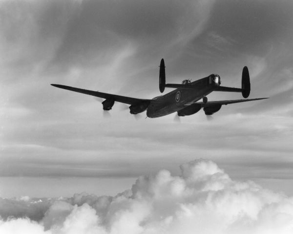Avro Lancaster Mk. III (ED592) in flight