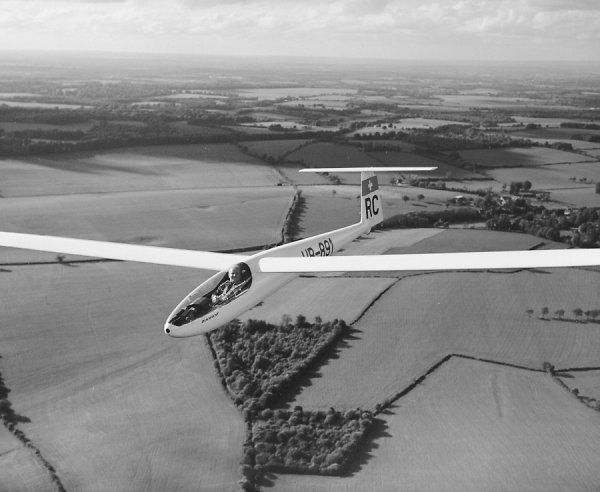 FFA Diamant (HB-891) at the World Gliding Championships, South Cerney