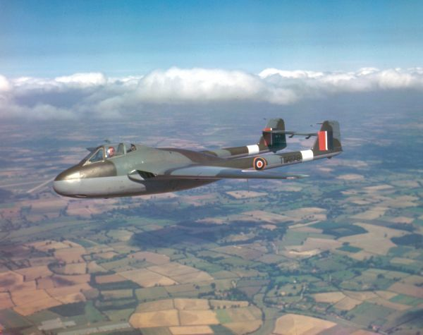 de Havilland Vampire F.1 (TG278) in flight near Hatfield, 23 August 1945