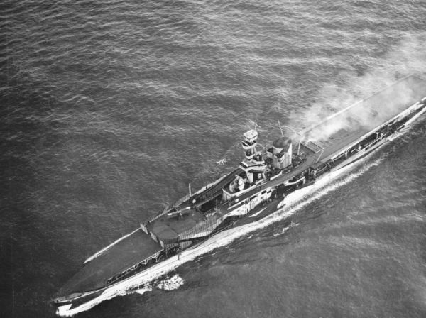 HMS Furious in the Firth of Forth