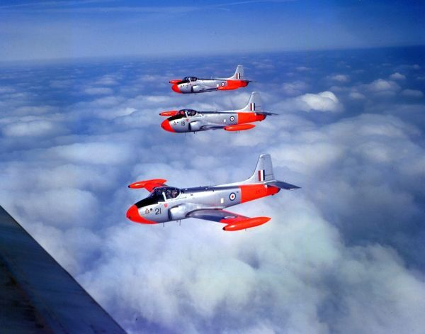 Hunting Jet Provost T.3 aircraft (XM351 18, XM368 3 & XM378 21) of 2 Flying Training School, RAF Syerston 22.3.60