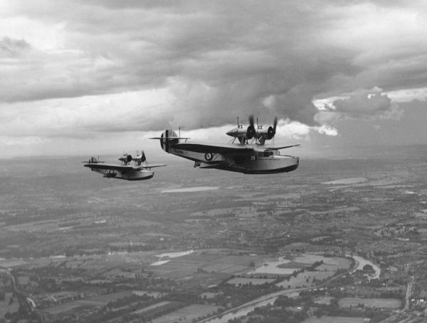 Saunders Roe Cloud aircraft (K3725 and ?) during rehearsals for the RAF Display, 1934