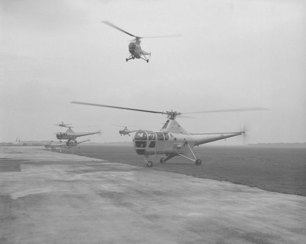 Westland Dragonfly HR.3 helicopters of 705 Squadron, RNAS Lee-on-Solent 21 November 1952