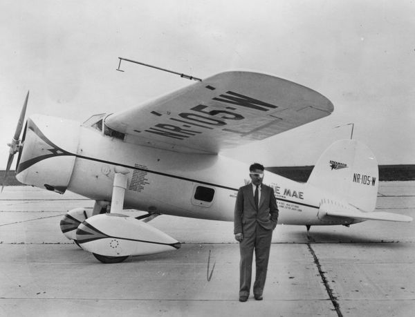 Wiley Post with the Lockheed Vega Winnie May