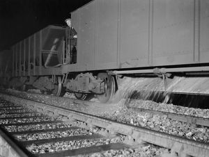 Ballasting the line near Gillingham, 1931