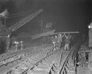 Borough Market Junction being relaid, 1932