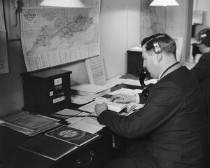 Telephone enquiry exchange at London Bridge Station, 1934